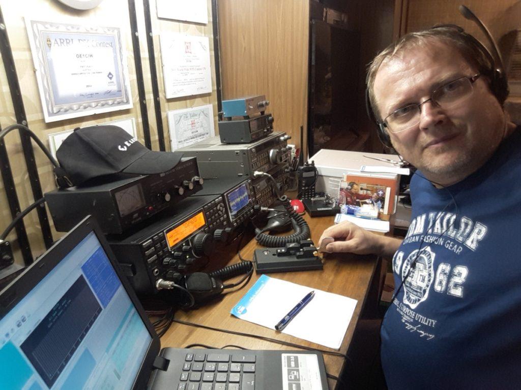 Ernst Michael Zitta OE1CIW beim Telegrafieren
